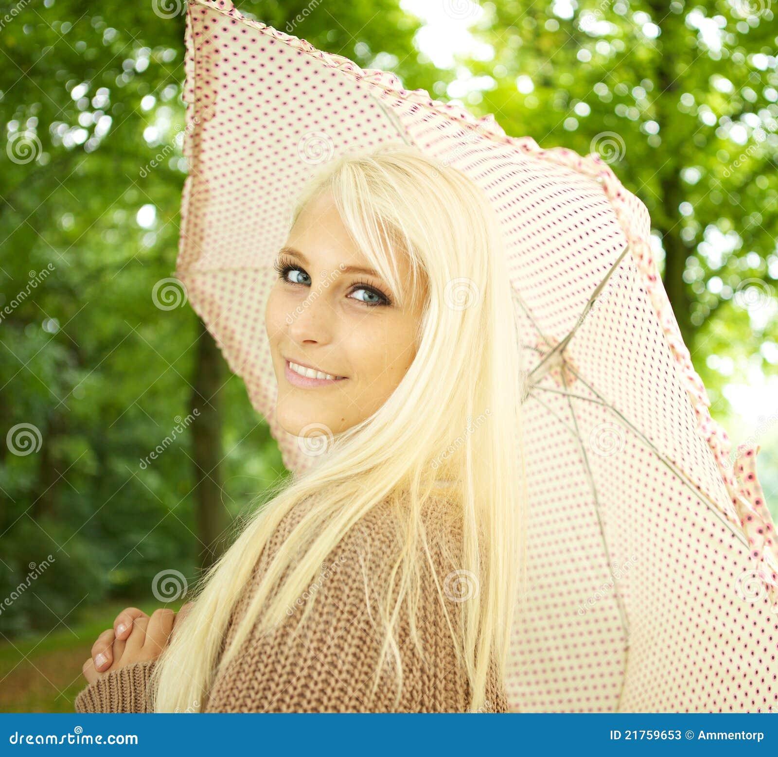 Het sexy Flirten van de Vrouw van de Blonde