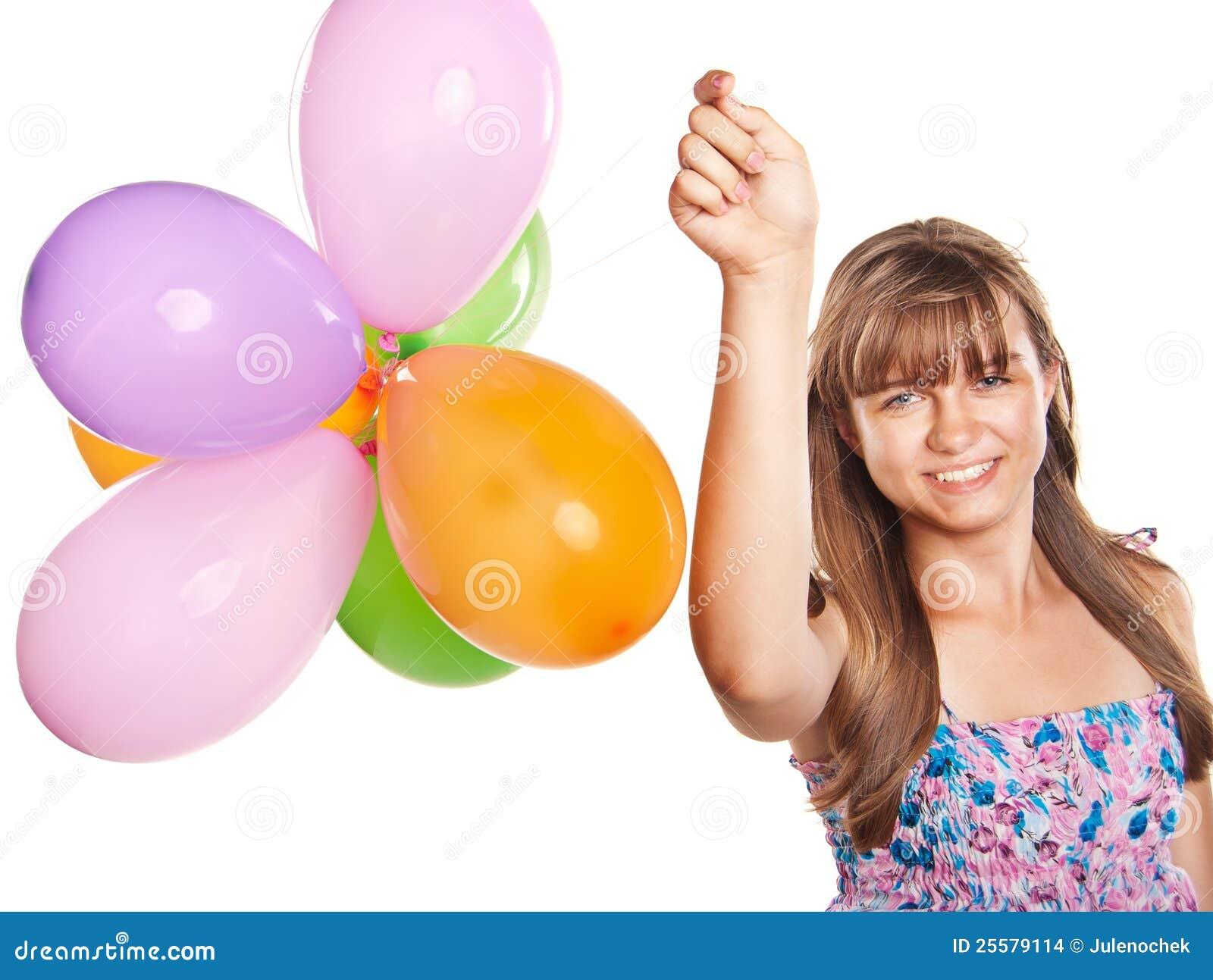 Het spelen van de tiener met ballons