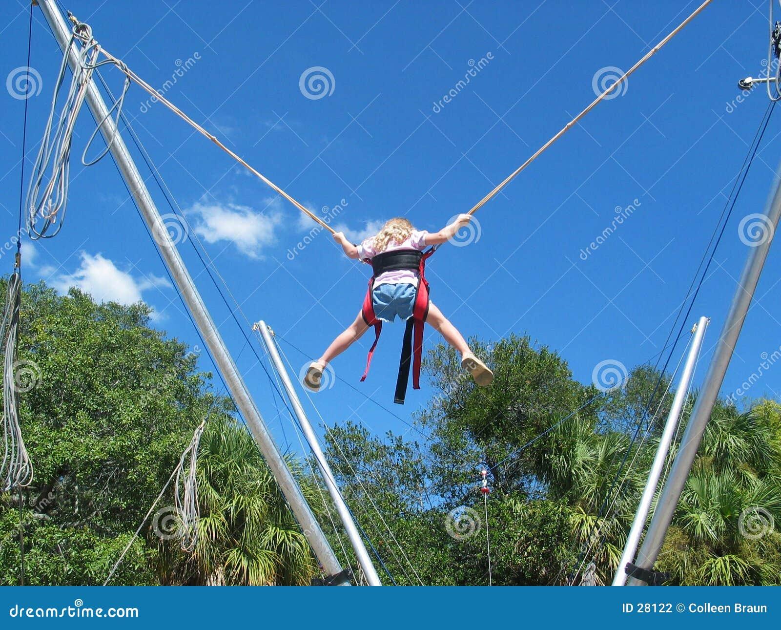 Het springen van Bungee
