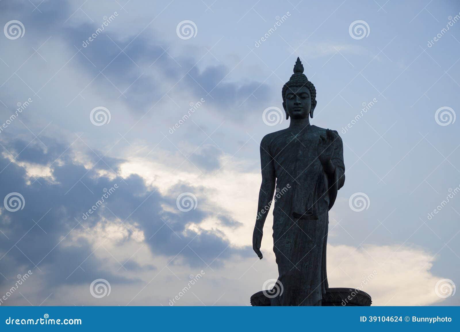 Het standbeeld van Boedha
