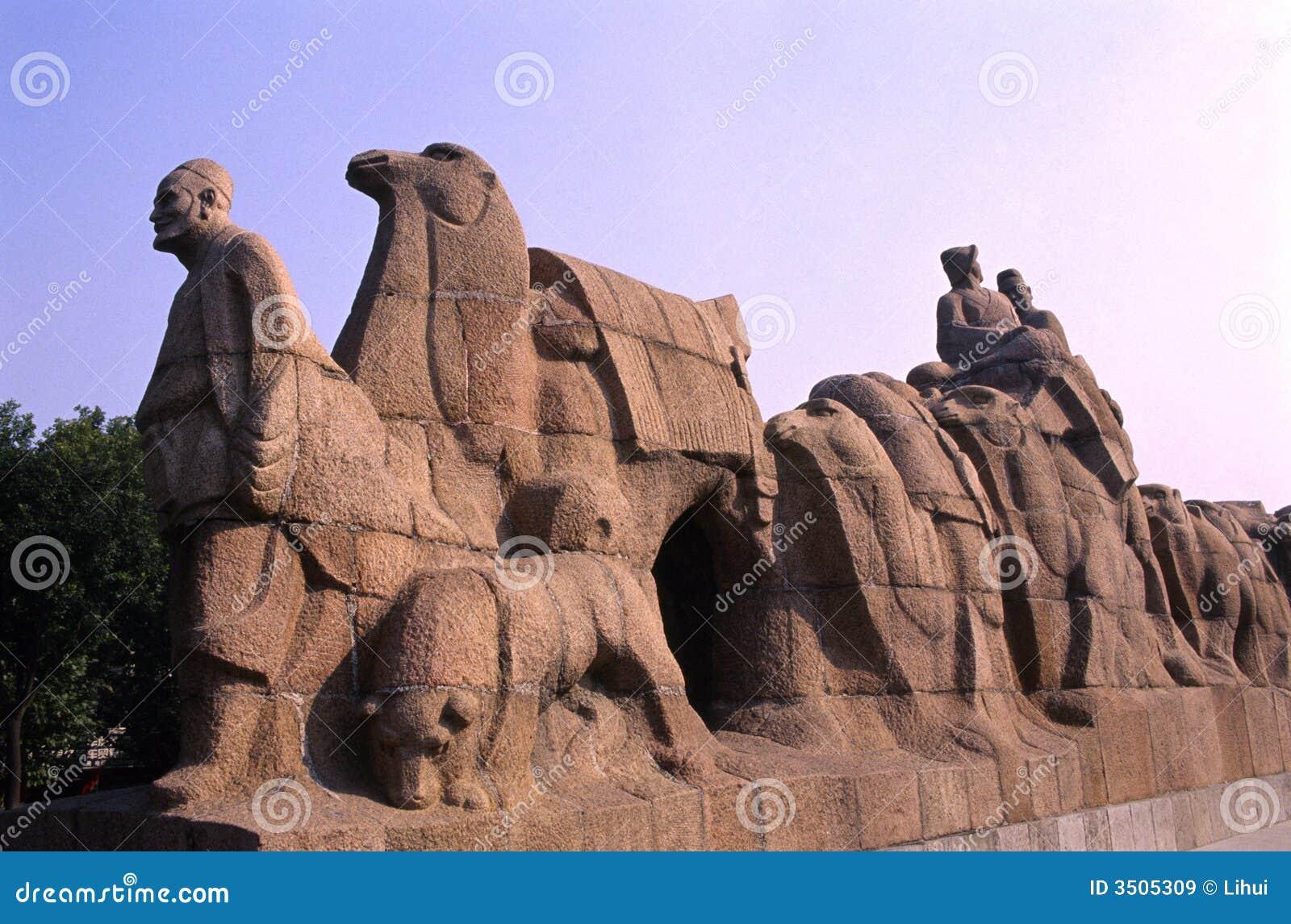 Het standbeeld van de Weg van de zijde