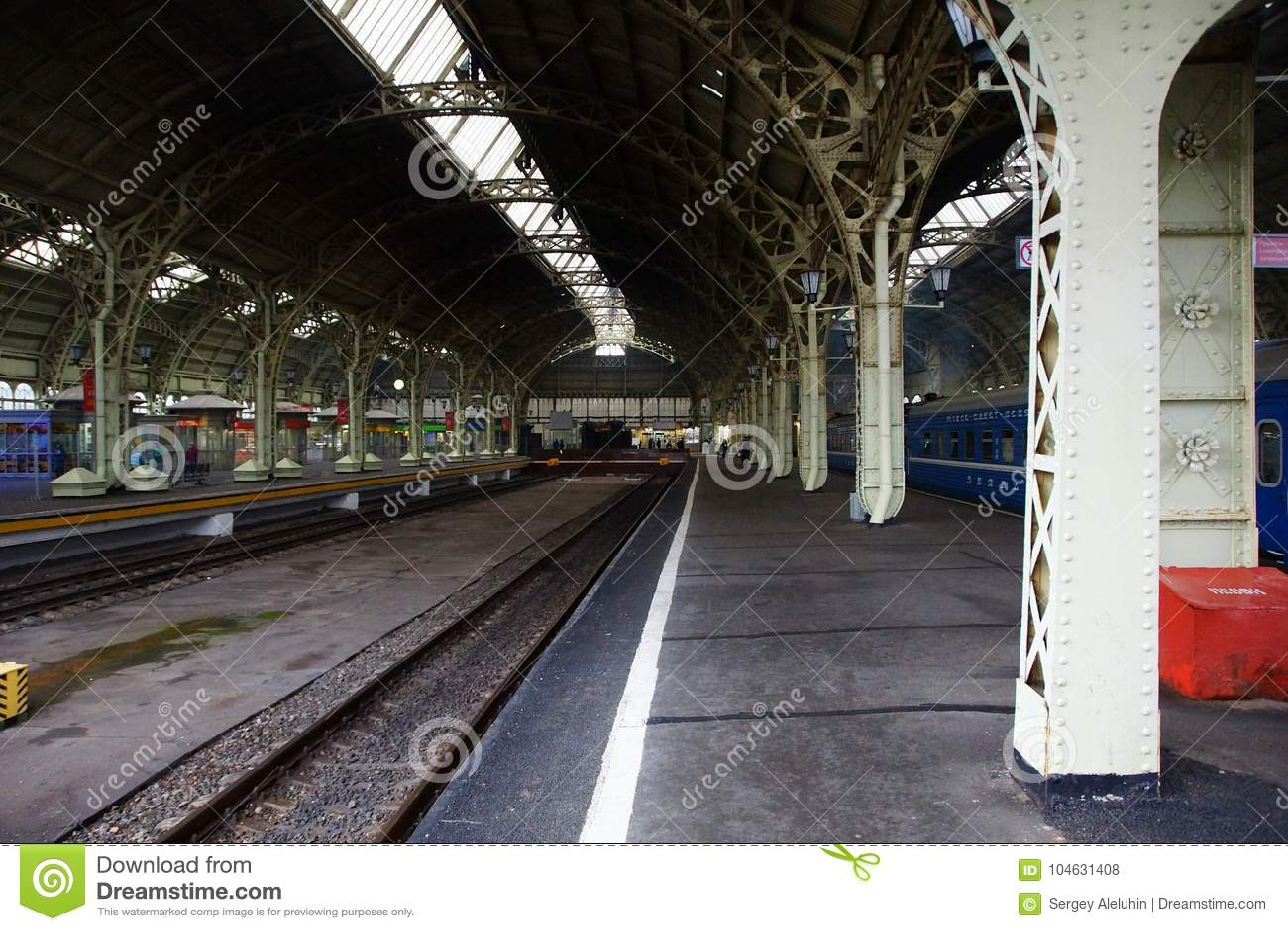 Download Het Station Van Vitebsk In St. Petersburg Redactionele Stock Foto - Afbeelding bestaande uit luifel, interesting: 104631408