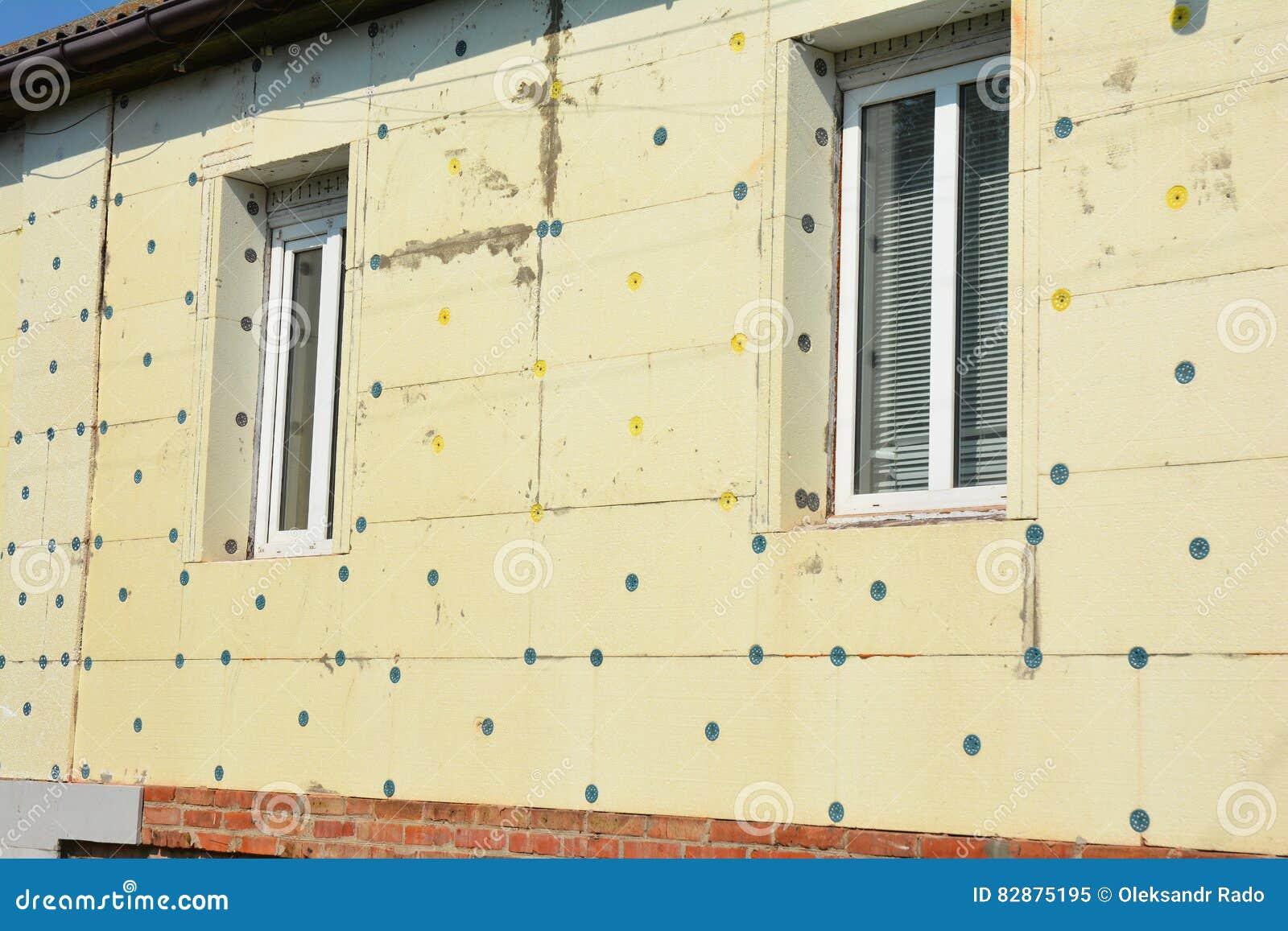 Het storaxschuim van de de muurisolatie van de huisvernieuwing Vermijd Polystyreenisolatie en de Bouw Groen Huis