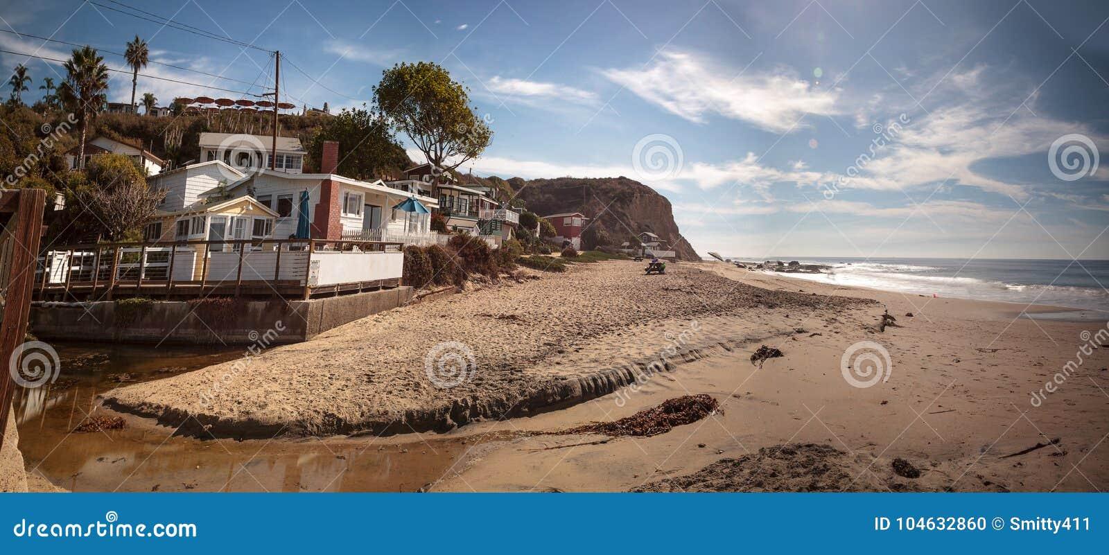 Het strand van de lijncrystal cove state park van strandplattelandshuisjes