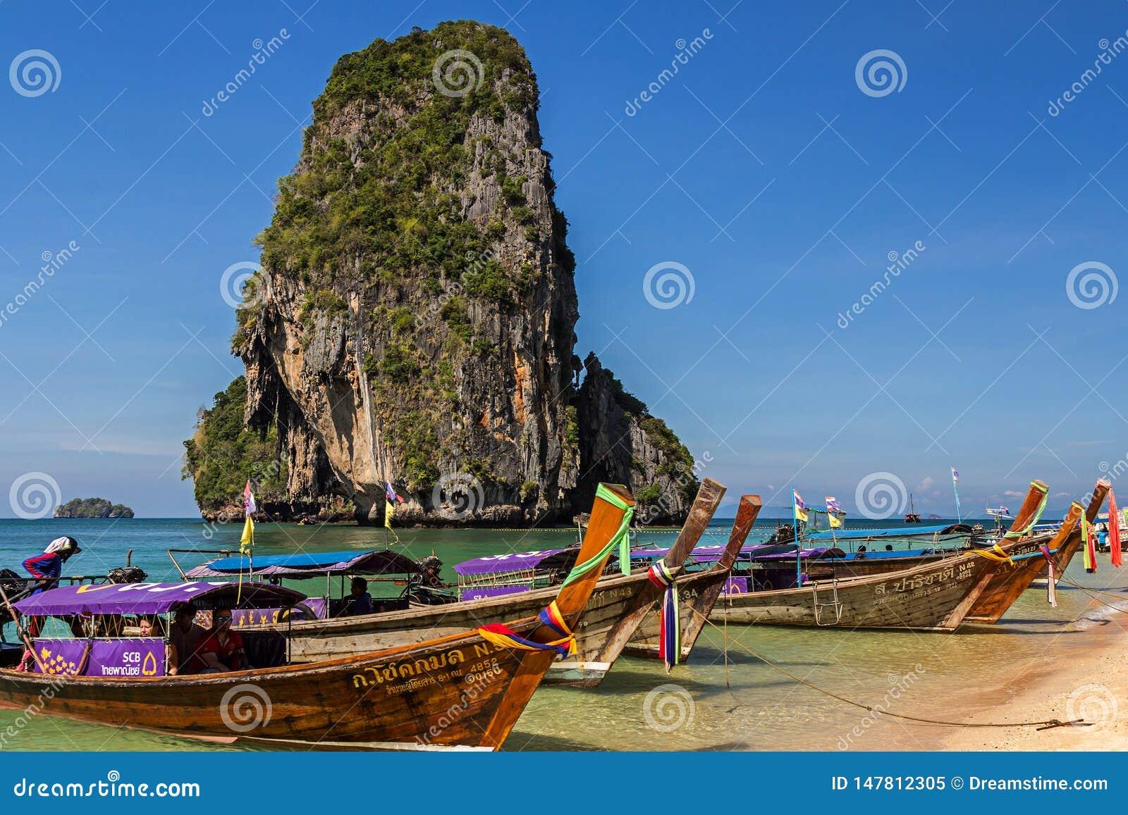 Het Strand van Phranang in Krabi-provincie van Thailand azi?