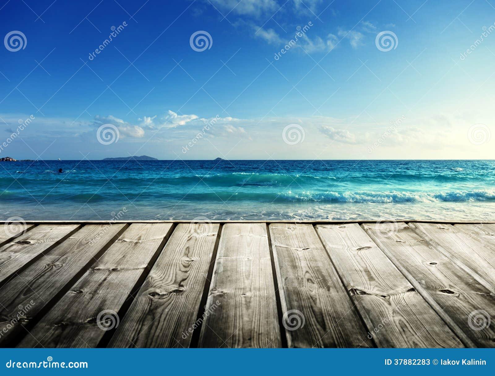 Het strand van Seychellen