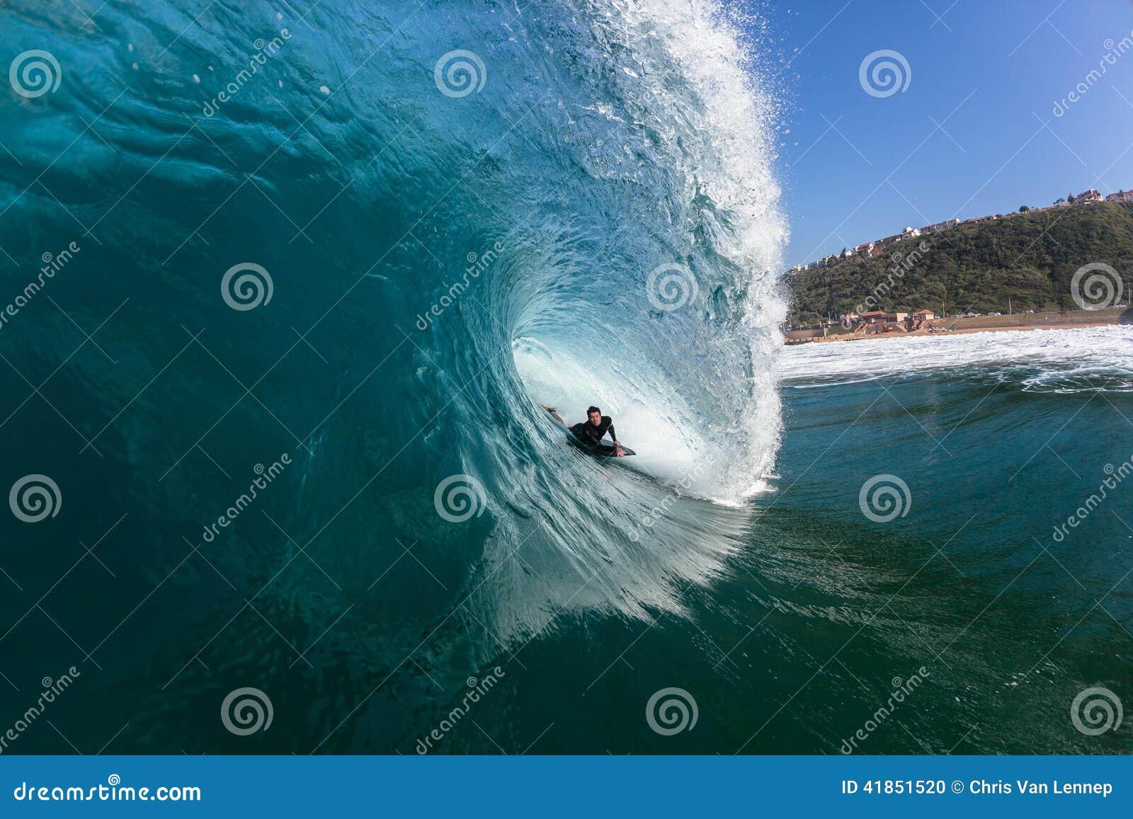 Het surfen Rider Hollow Crashing Tube Blue Oceaangolf