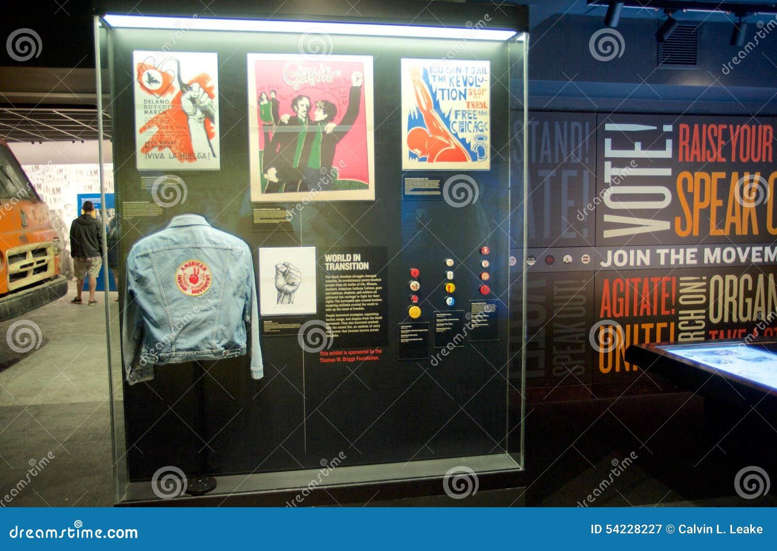 Het Tentoongestelde voorwerp van de Indiaanbeweging binnen het Nationale Burgerrechtenmuseum in Lorraine Motel