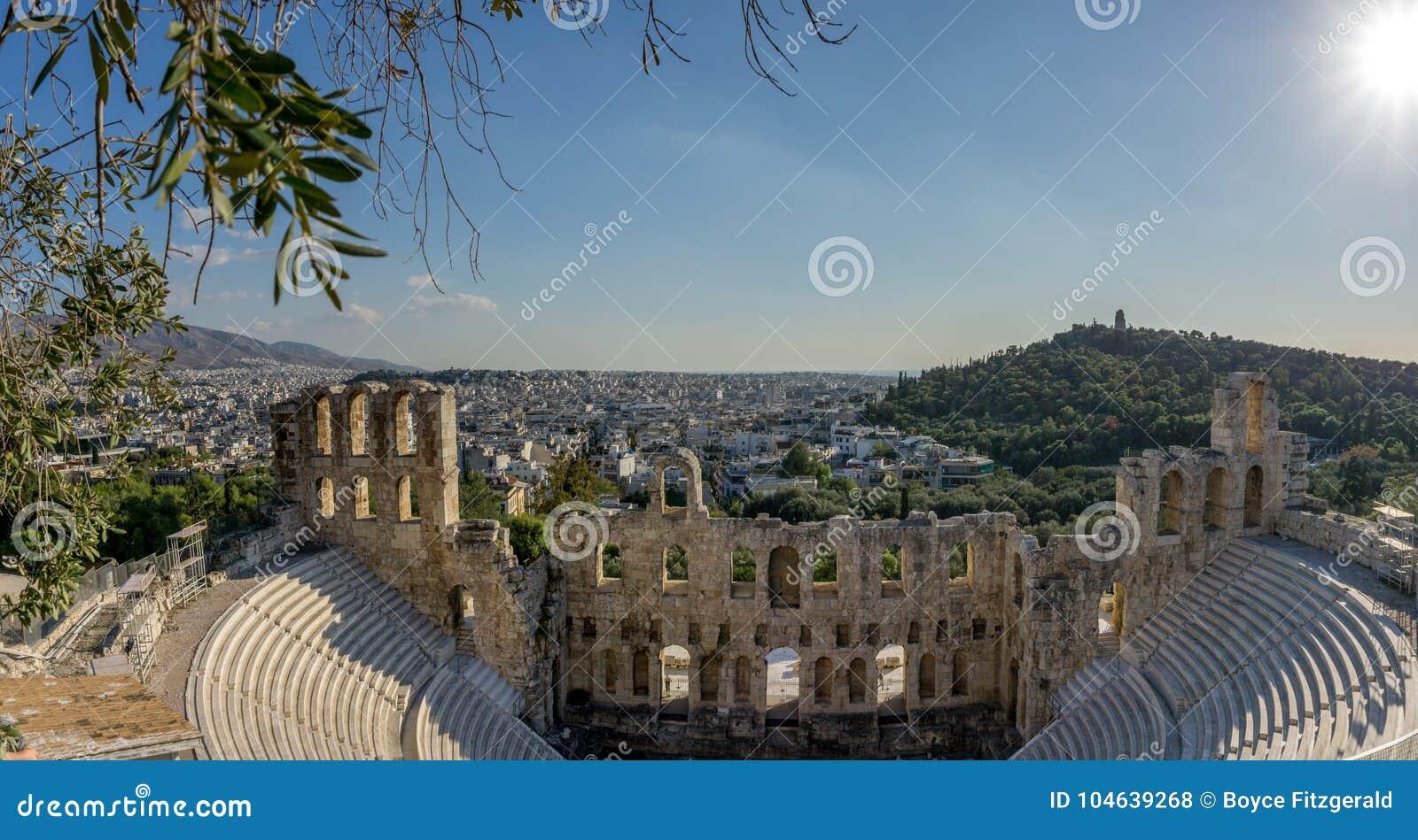 Download Het Theater Van Herod Atticus, In Athene, De Hoofdstad Van Griekenland Stock Foto - Afbeelding bestaande uit attica, parthenon: 104639268