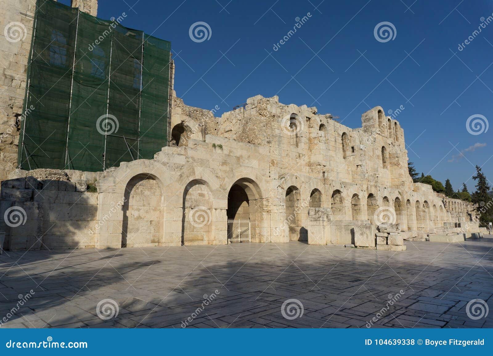 Download Het Theater Van Herod Atticus, In Athene, De Hoofdstad Van Griekenland Stock Foto - Afbeelding bestaande uit marmer, geschiedenis: 104639338