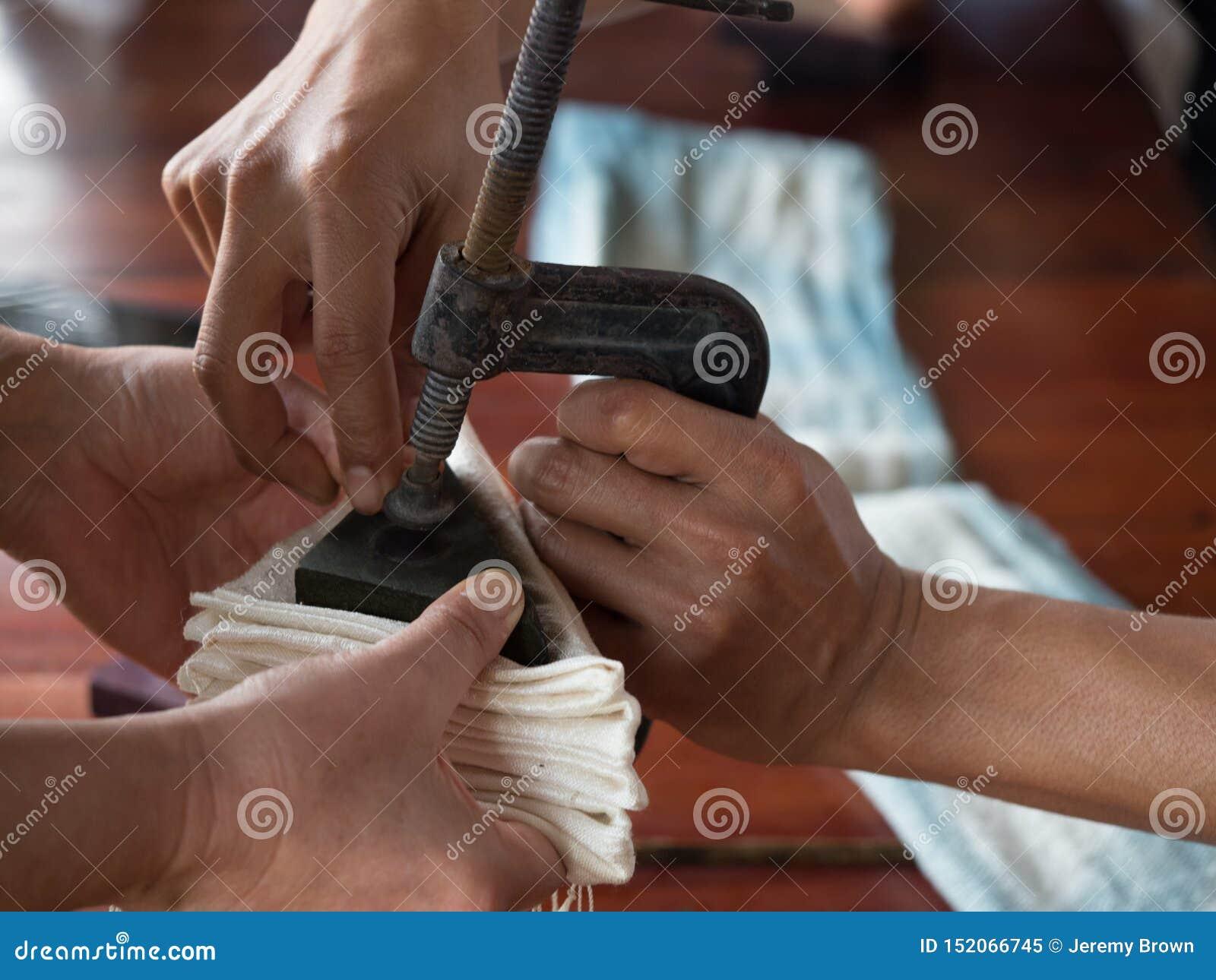 Het traditionele lao weven en het verven, Luang Phabang