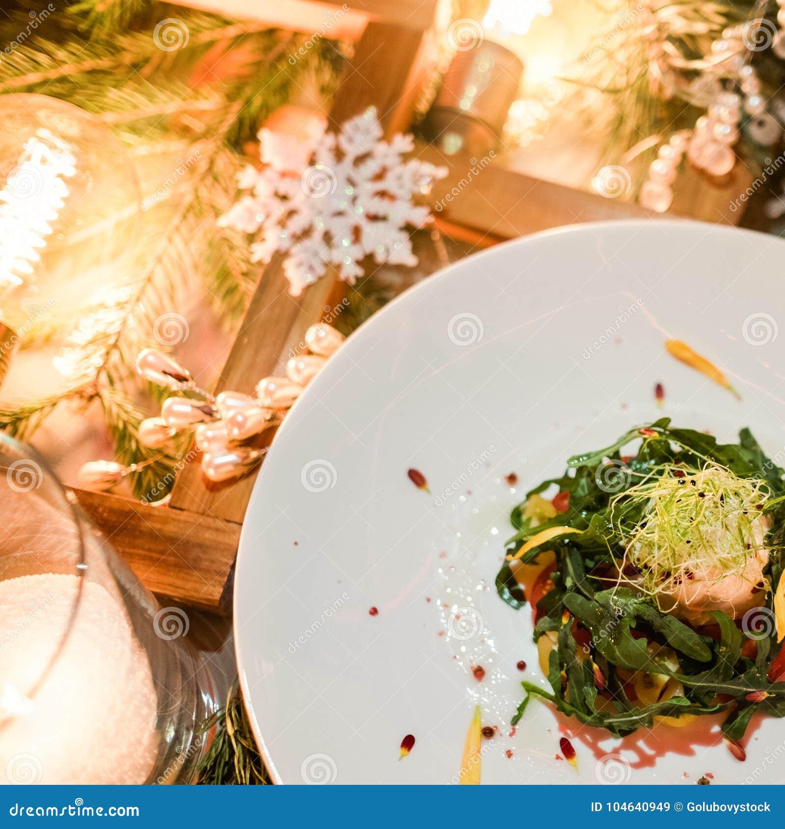 Download Het Vegetarische Feestelijke Menu Van Het Diner Nieuwe Jaar Stock Afbeelding - Afbeelding bestaande uit dieet, vlak: 104640949