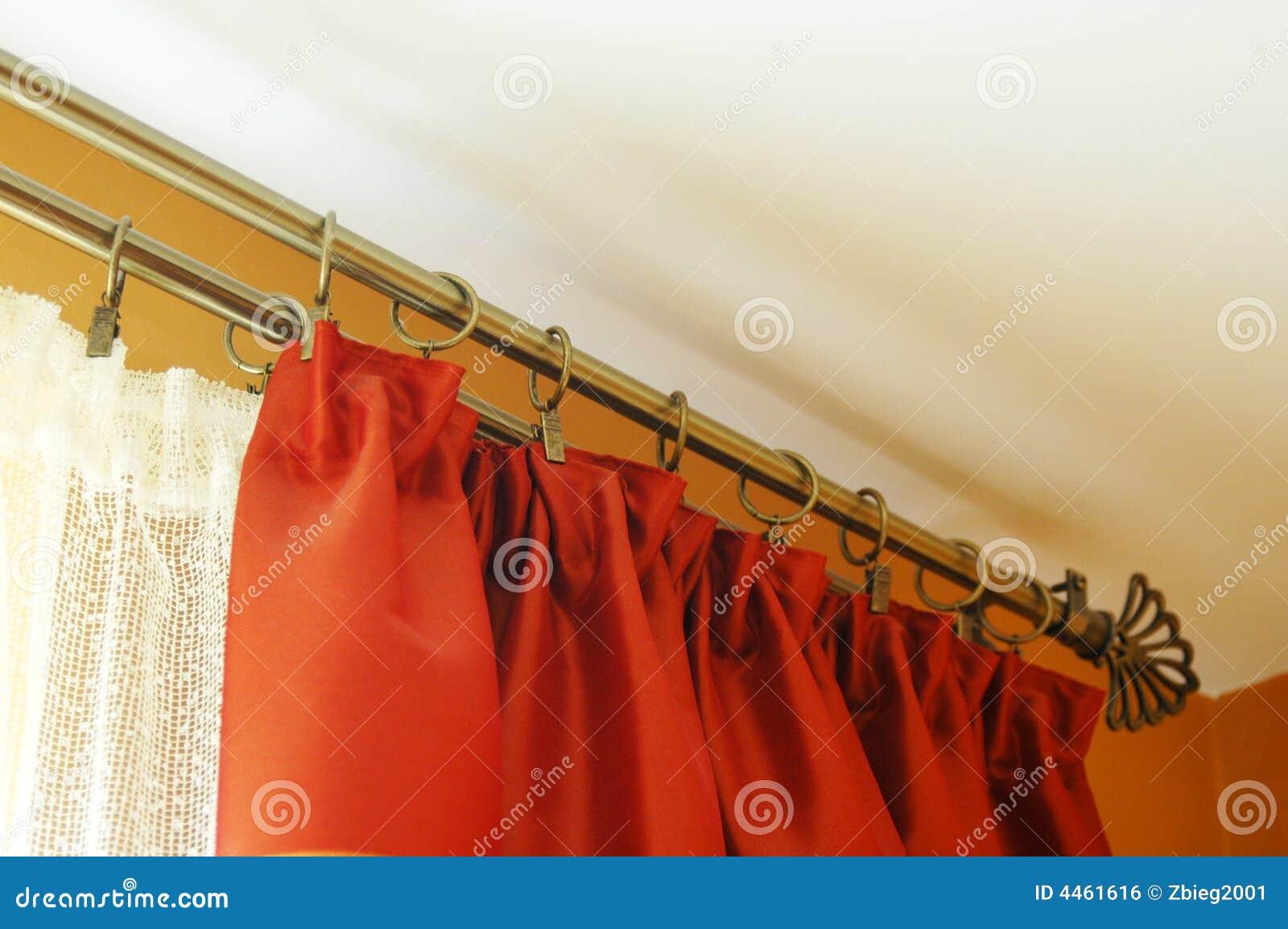 Het vensterbehandeling van de woonkamer