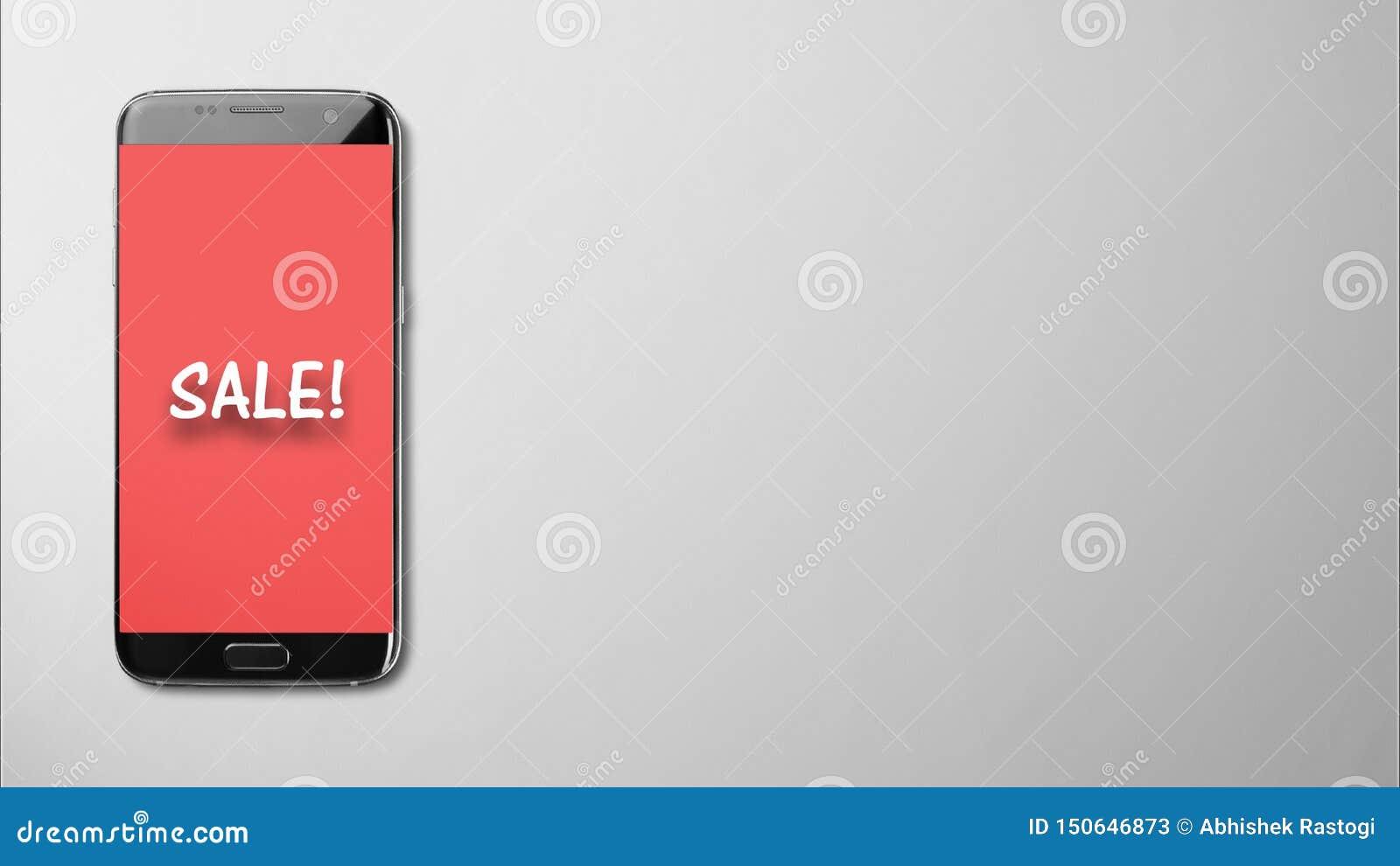 Het verkoopscherm op rode achtergrond in smartphone op geïsoleerd grijs