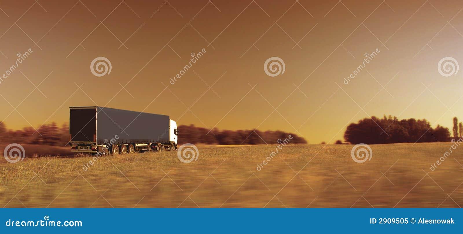 Het vervoer van de vrachtwagen