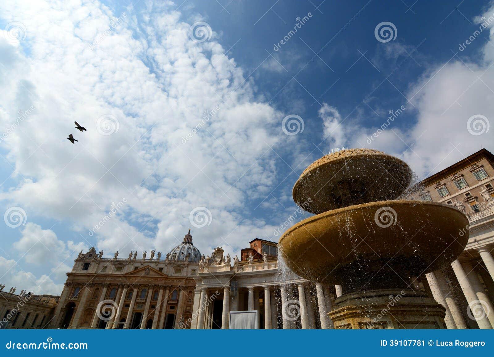 Het Vierkant van heilige Peter. De Stad van Vatikaan