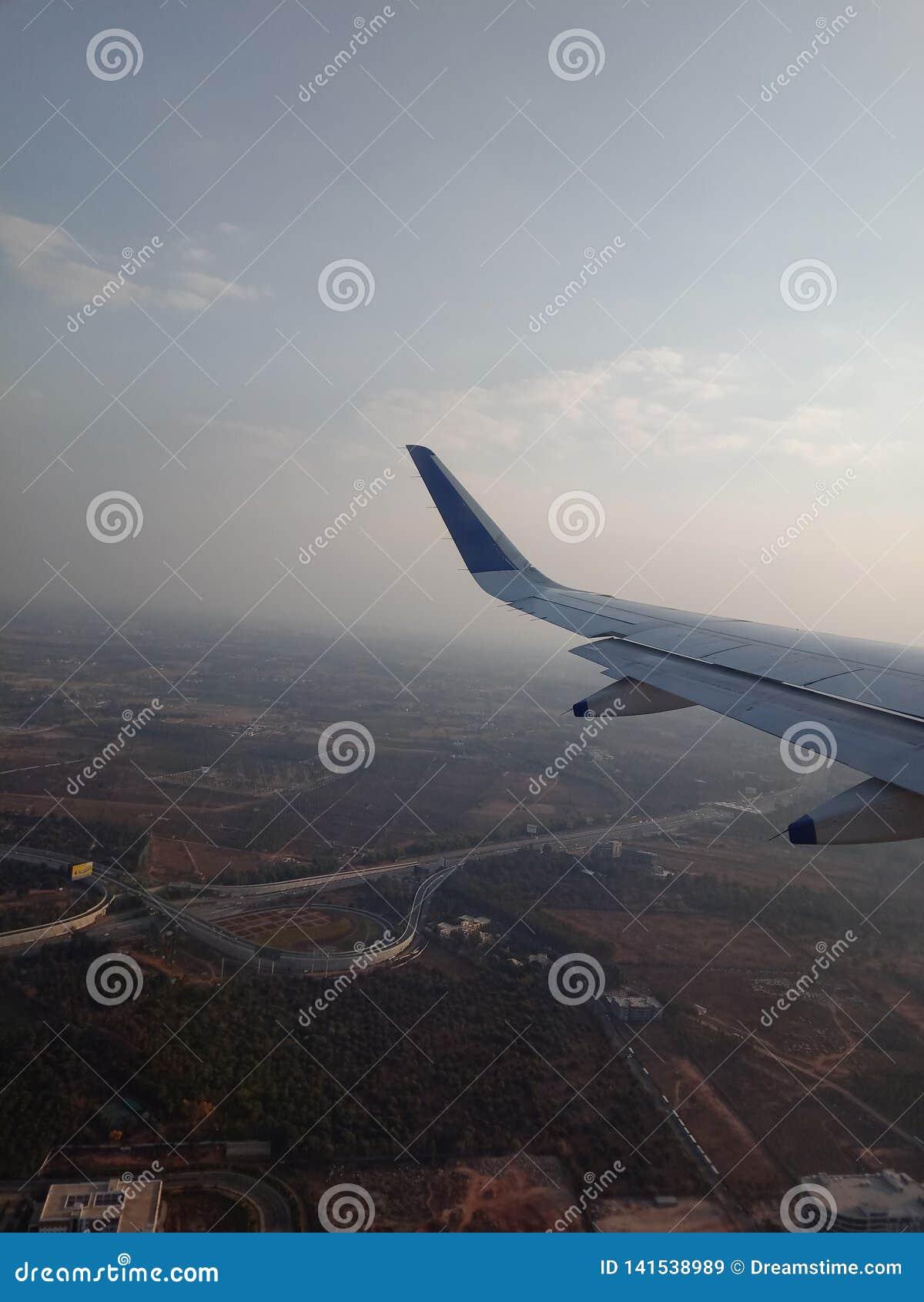 Het vliegtuig van de start