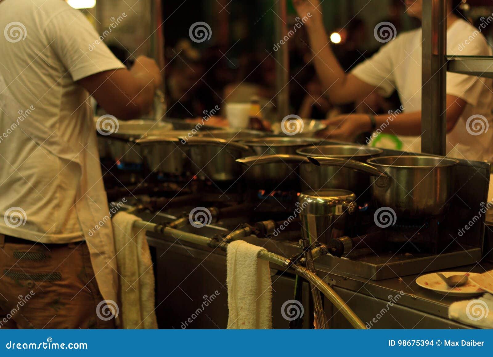Het voedsel van de straat in Bangkok