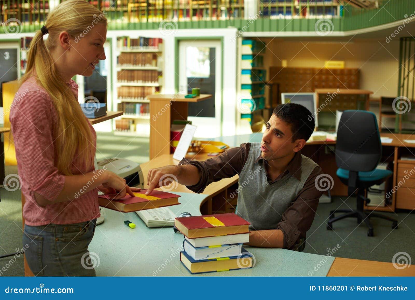 Het vragen van een bibliothecaris
