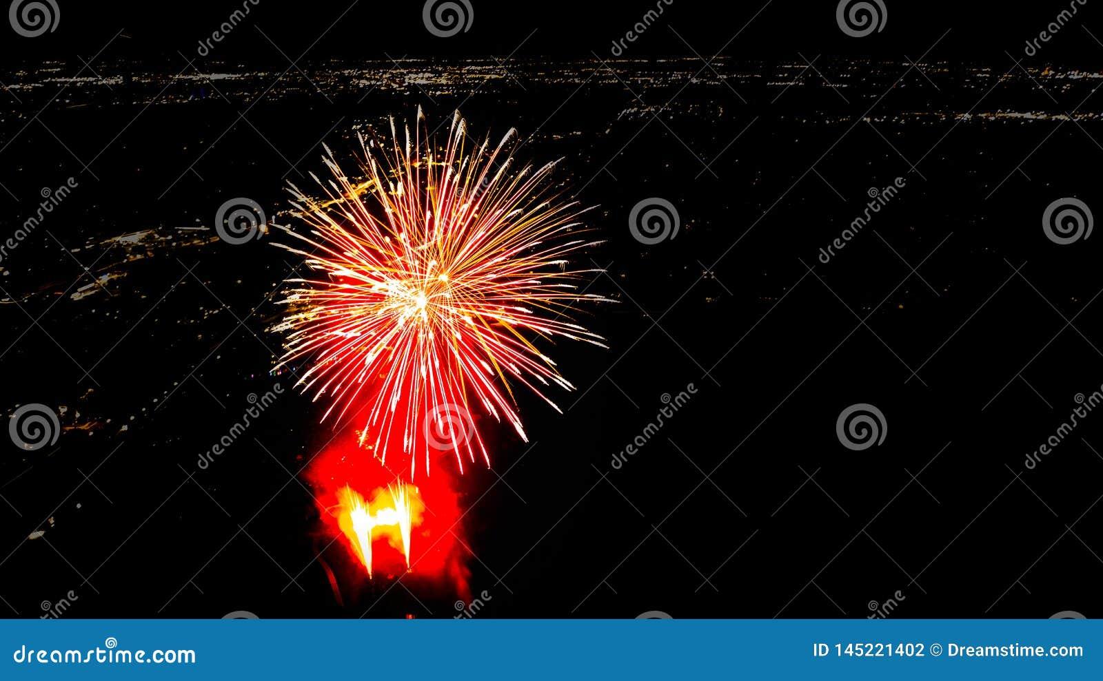 Het vuurwerk van San Antonio toont