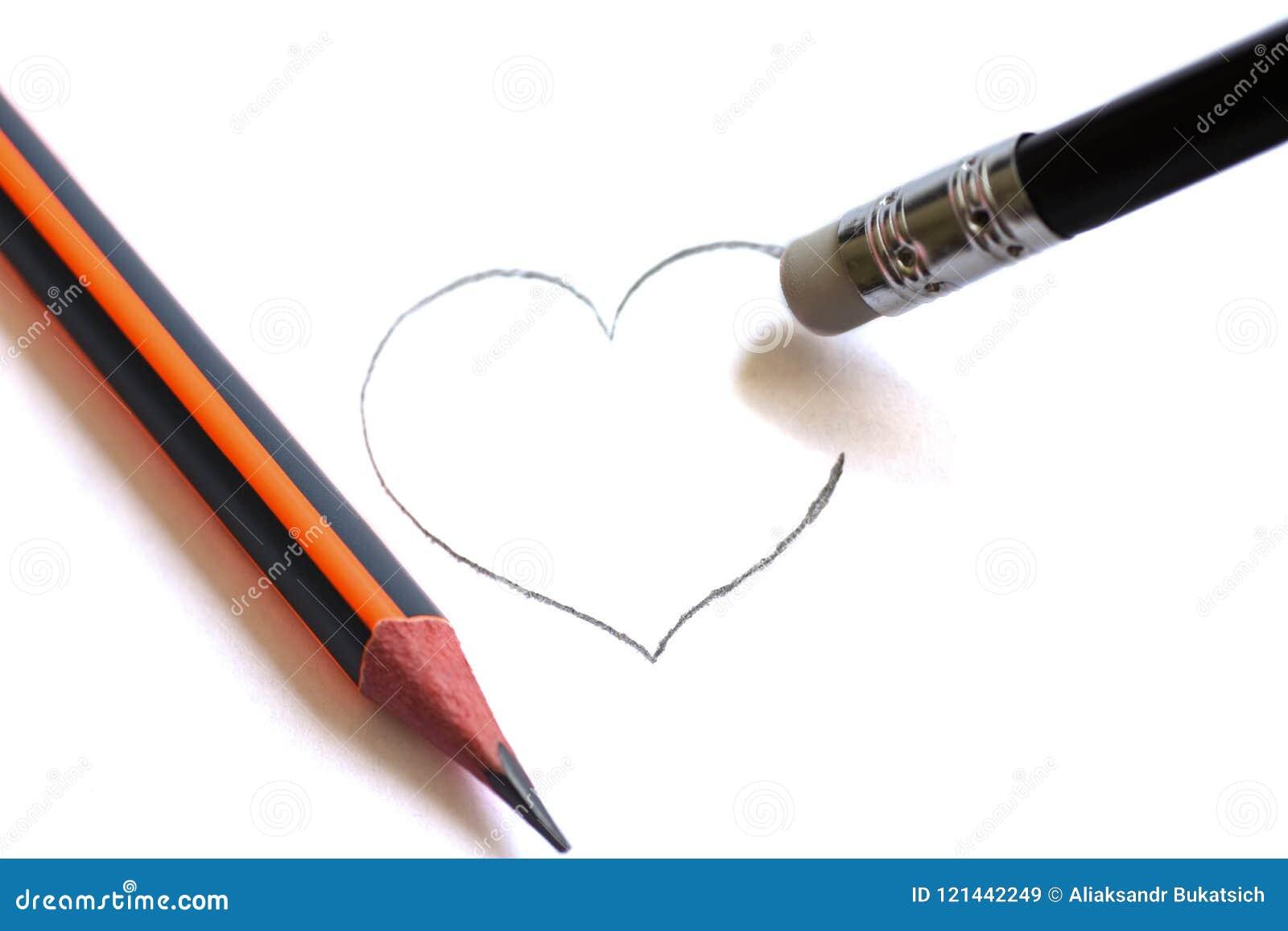 Het wassen op een potlood wist het geschilderde hart De eenvoudige potloden symboliseren geruïneerde liefde