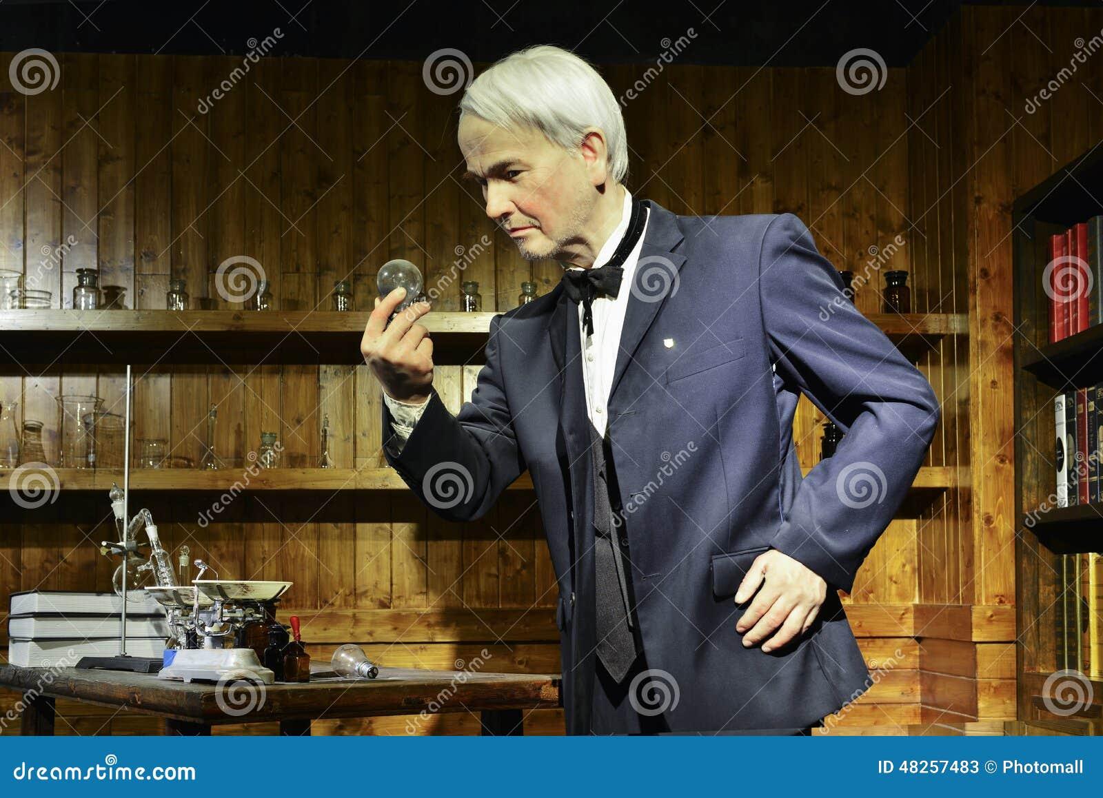 Het Wasstandbeeld Gloeilampbol Werd Uitgevonden Door Thomas
