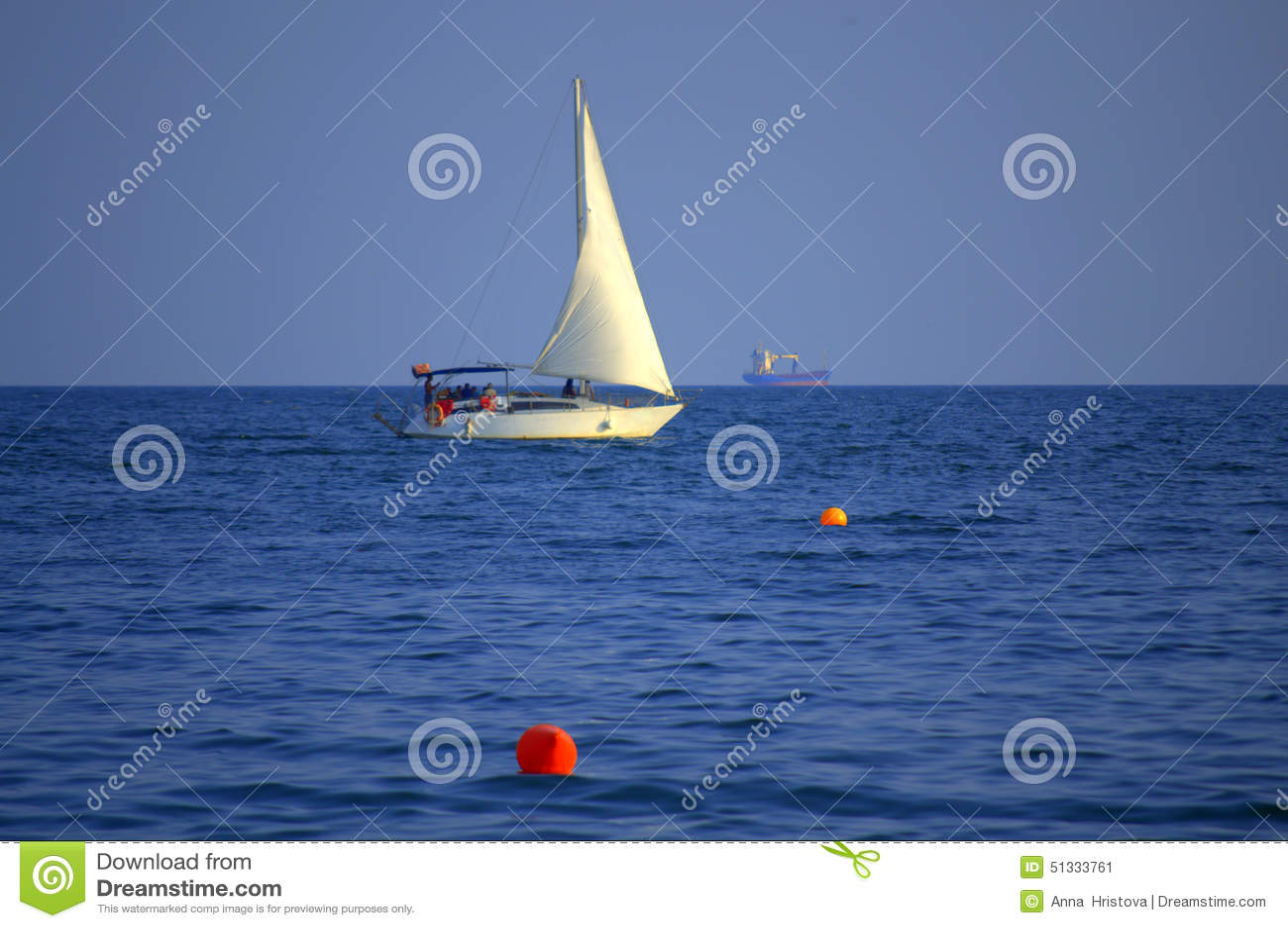 Het witte boot varen