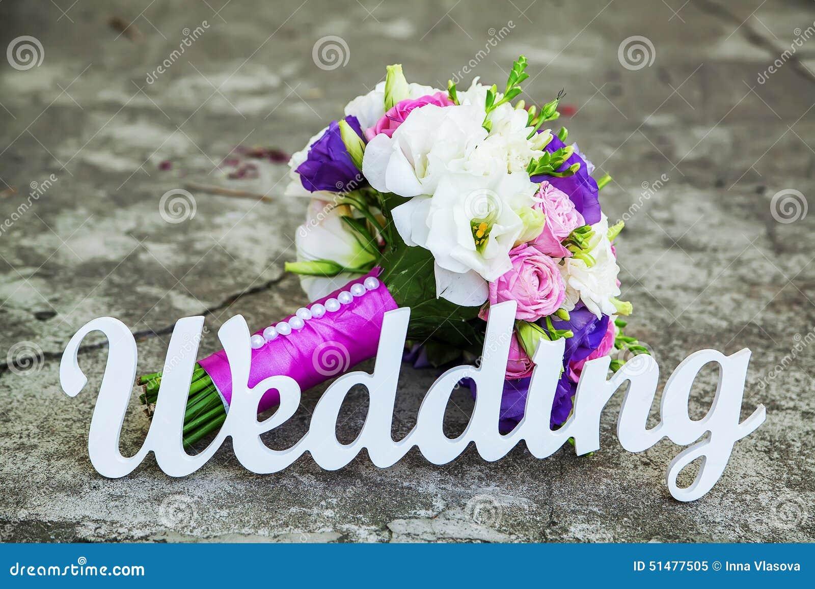 Het woordhuwelijk en het bruids boeket