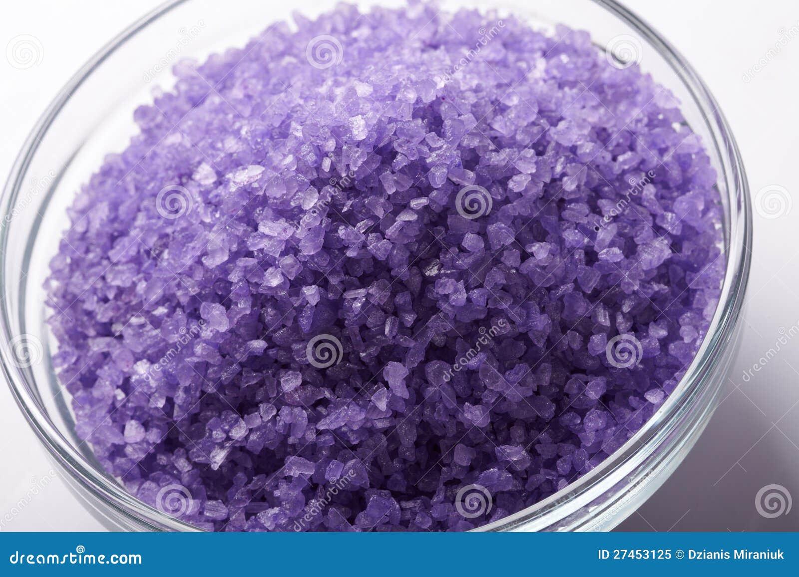 Het zout van het bad stock afbeelding afbeelding bestaande uit lichaam 27453125 for Foto in het bad