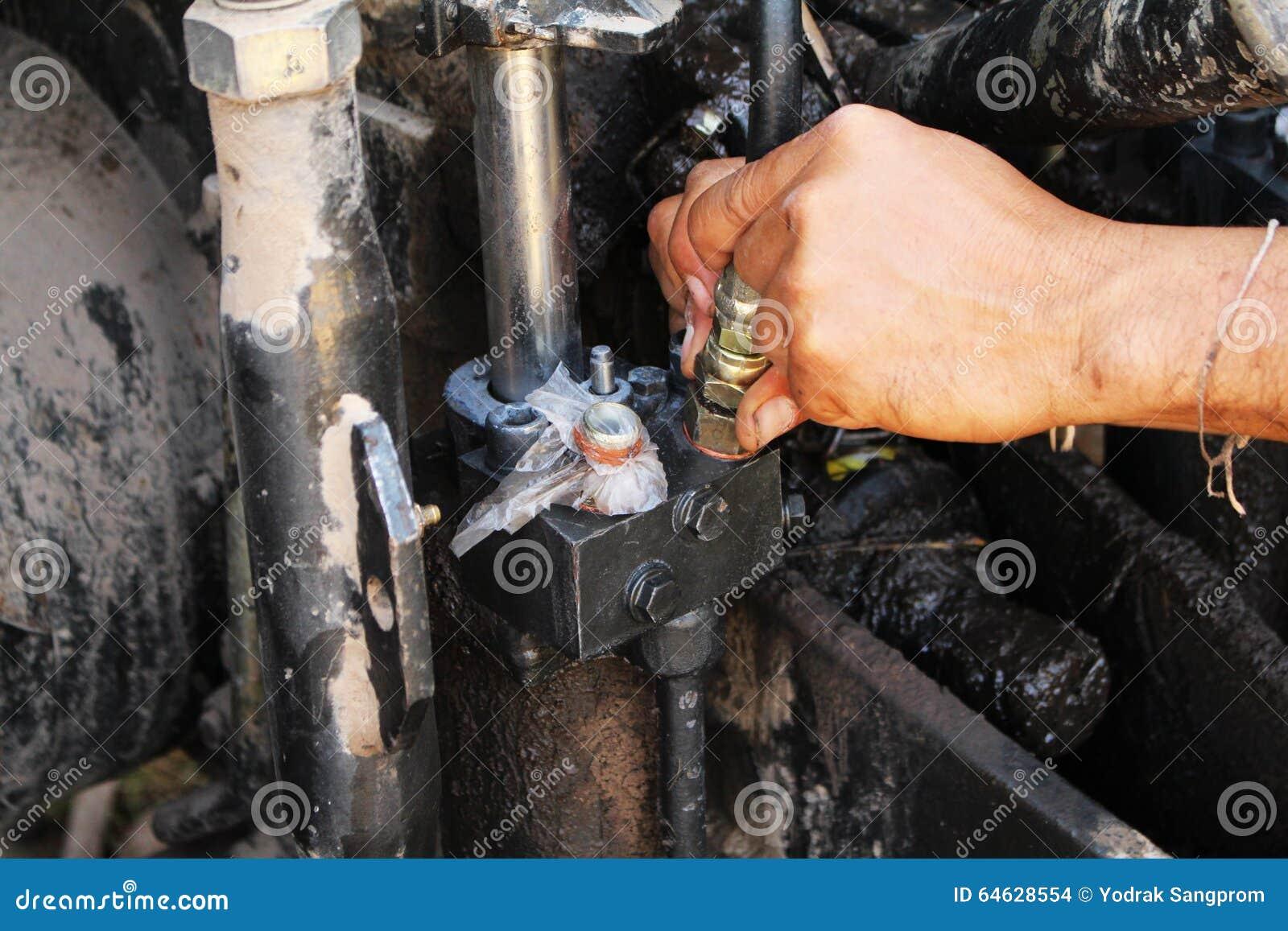 Het zware materiaal mechanische hydraulisch herstellen