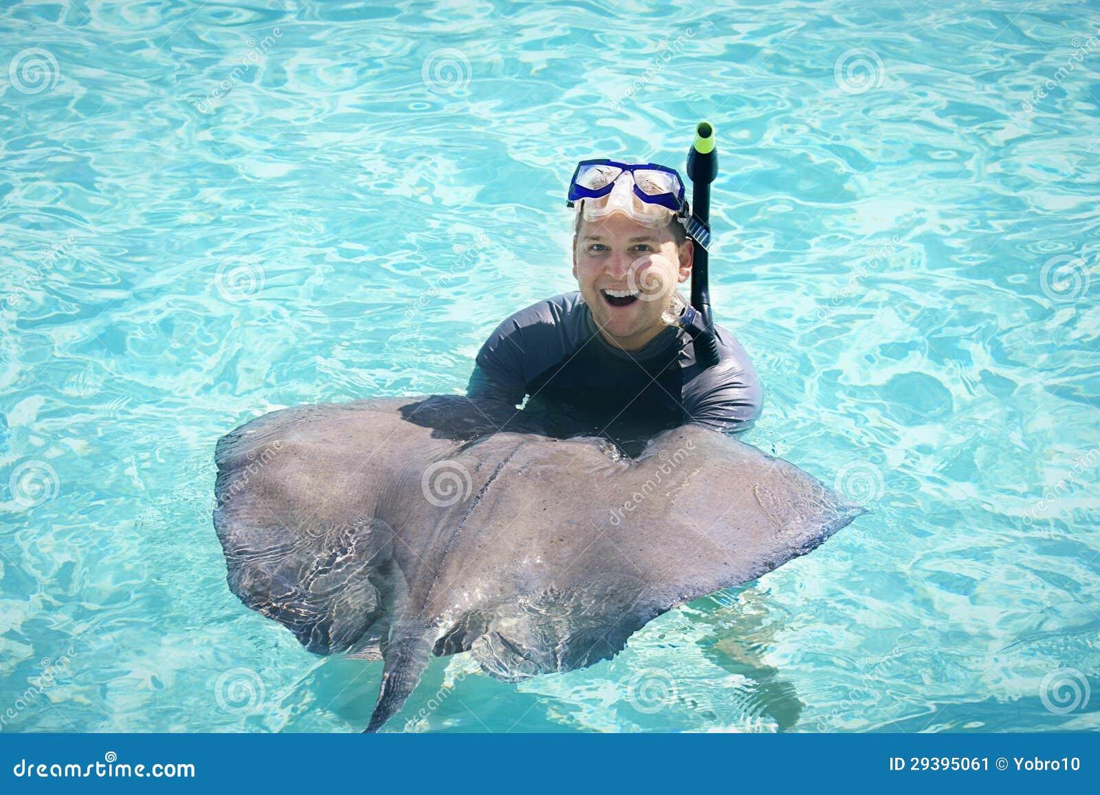 Het zwemmen met de Pijlstaartroggen