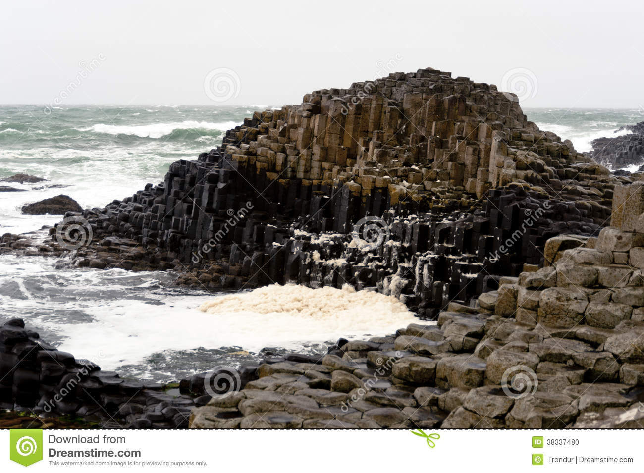 Hexagonal Rocks Giants Causeway, Northern Ireland Stock Photo - Image ...