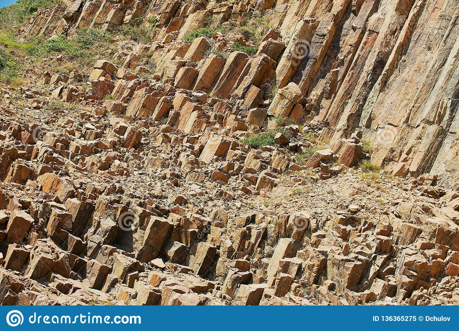 Hexagonale kolommen van vulkanische oorsprong in Hong Kong Global Geopark in Hong Kong, China