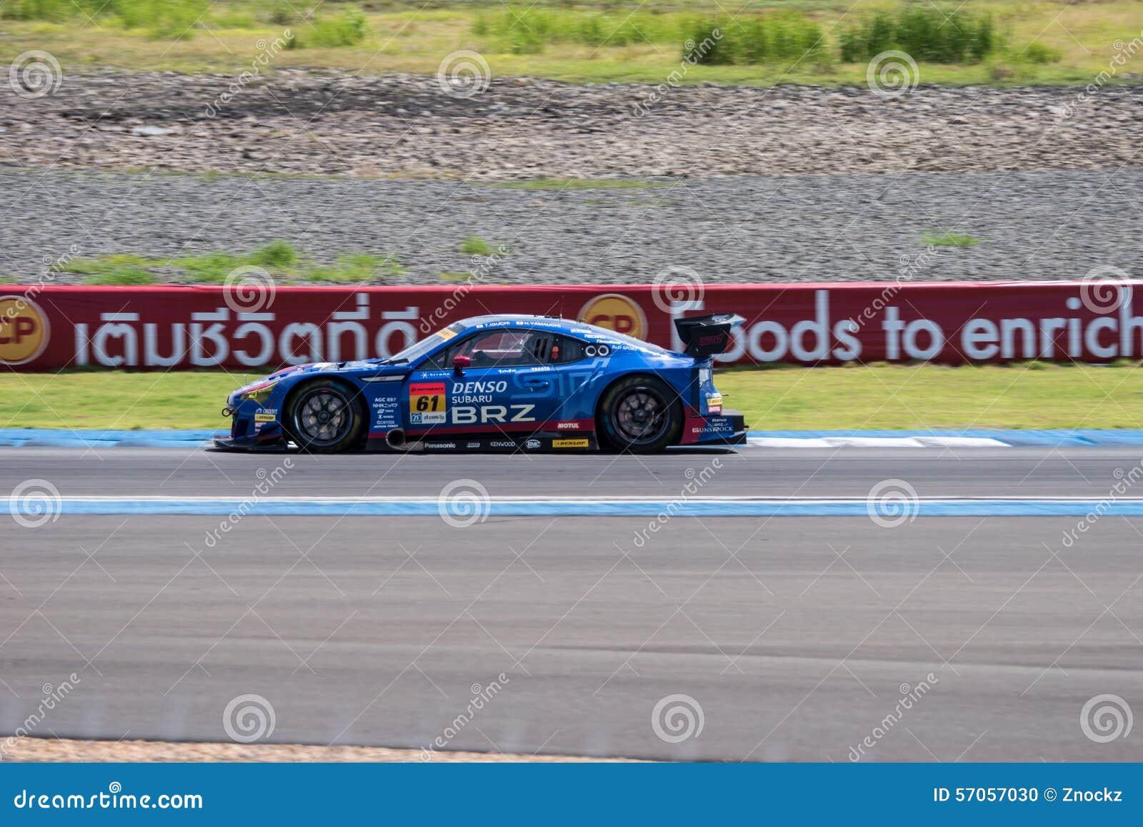 Hideki Yamauchi van R&D-SPORT in Super de Race van GT Definitieve Opwarmingsoverlapping
