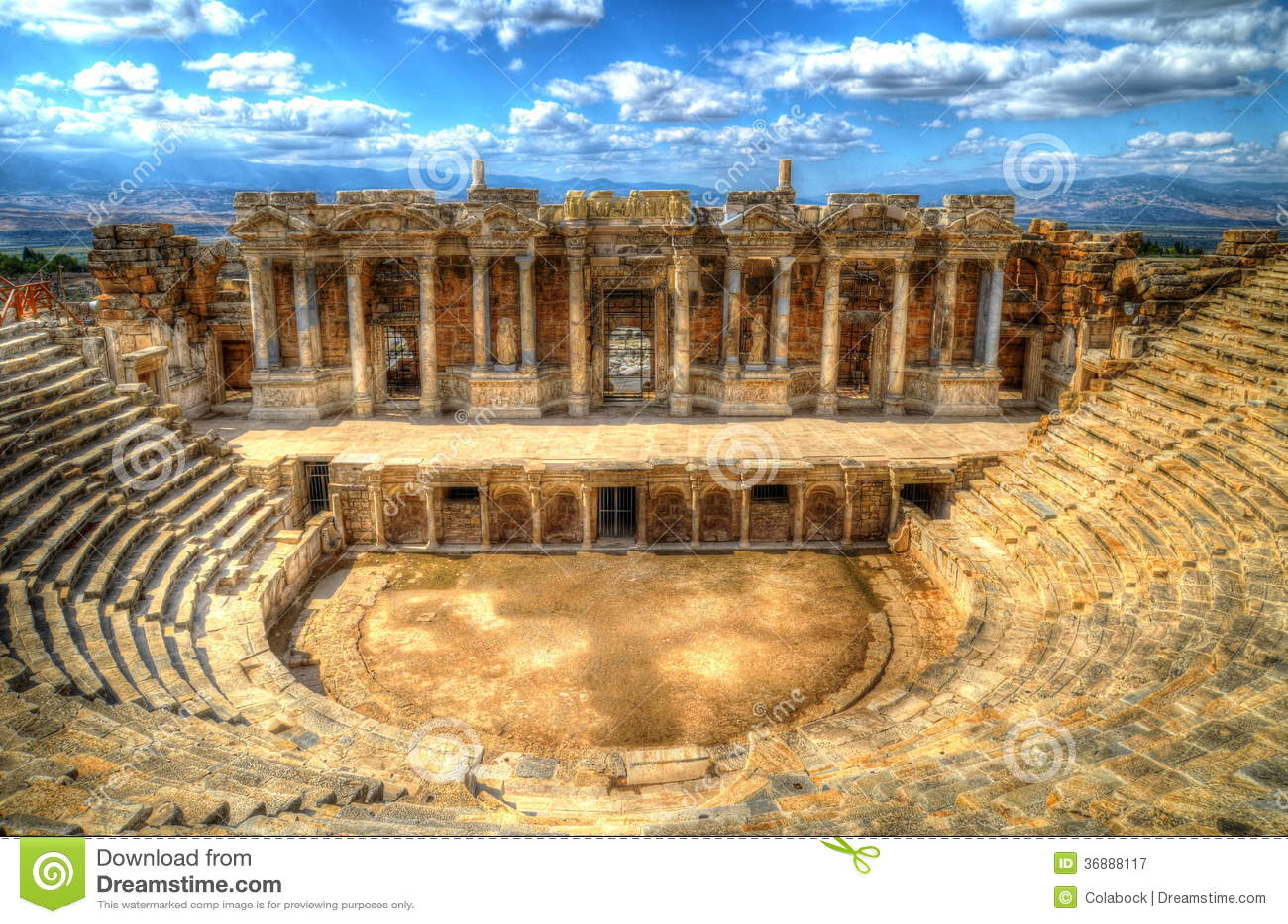 Download Hierapolis, teatro immagine stock. Immagine di anatolia - 36888117