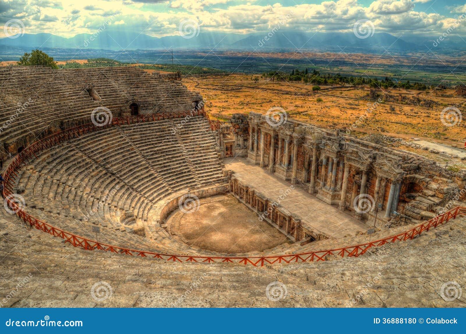 Download Hierapolis, teatro fotografia stock. Immagine di anatolia - 36888180
