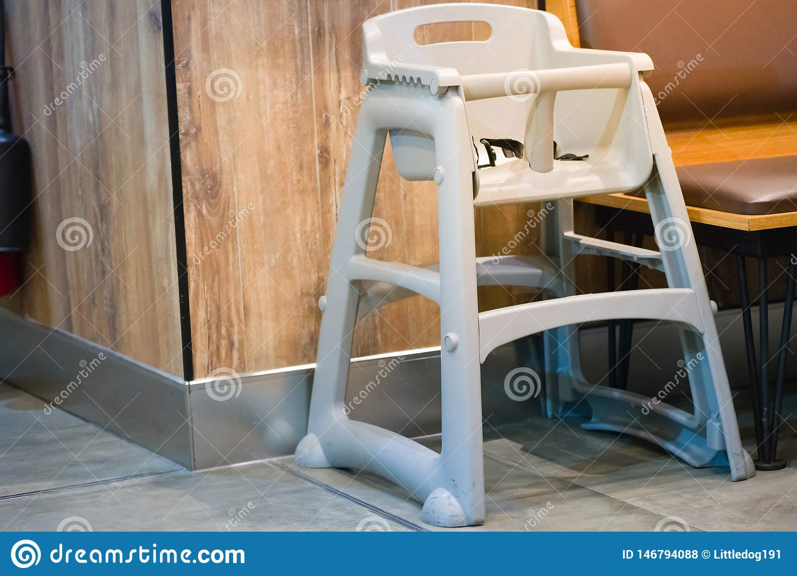 High Chair Seat For Sit Eating Position For Kids In Fast Food Use