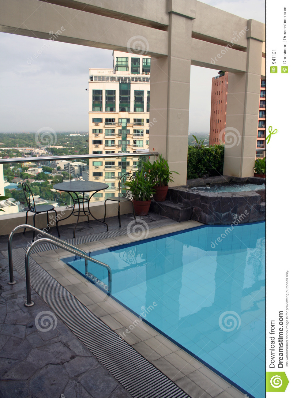 High Dive Rooftop Swimming Pool Manila City Stock Image Image 947121