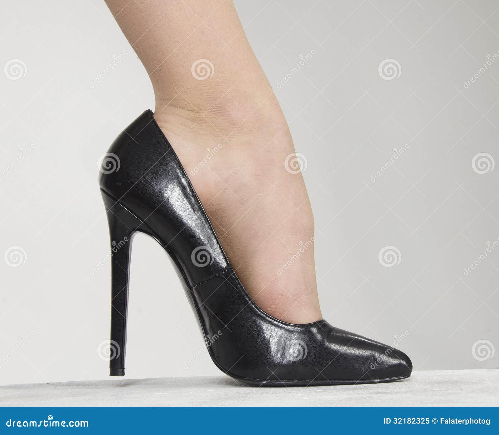 1 Foot Rug