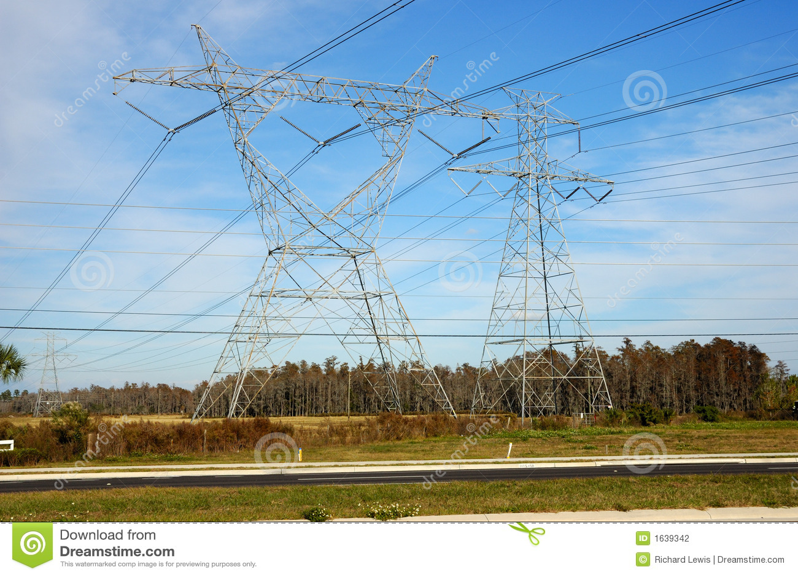 High Voltage Power Lines : High voltage power lines stock photography image