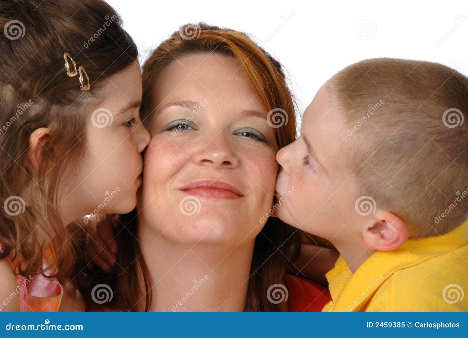Hijo Graba A Su Mama | Noticias de los Mundos