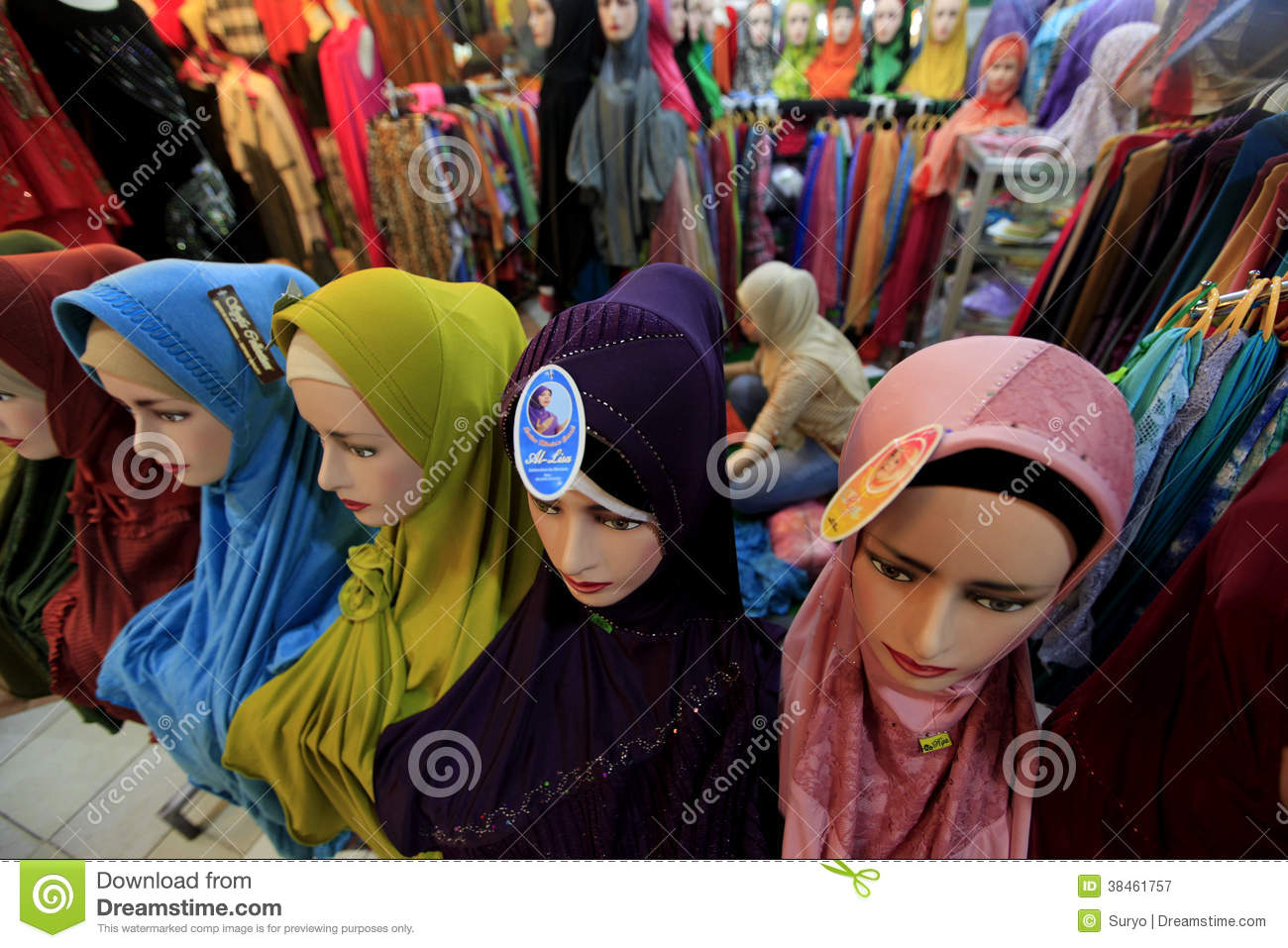 java center muslim girl personals Arcade's best 100% free muslim girls dating site meet thousands of single muslim women in arcade with mingle2's free personal ads and chat rooms our network of muslim women in arcade is the perfect place to make friends or find an muslim girlfriend in arcade.
