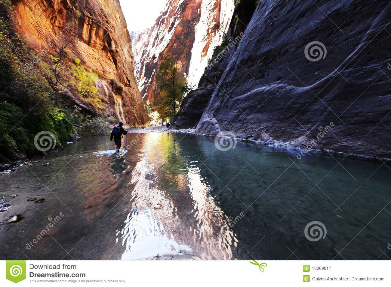 Hike in canyon