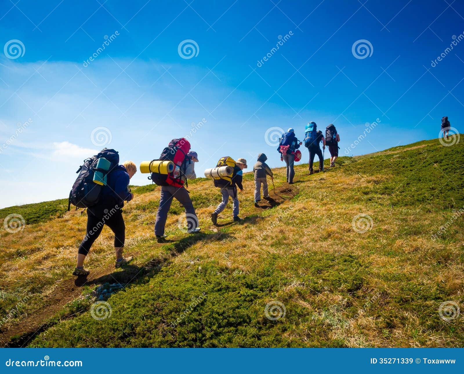 Trekking Group 72