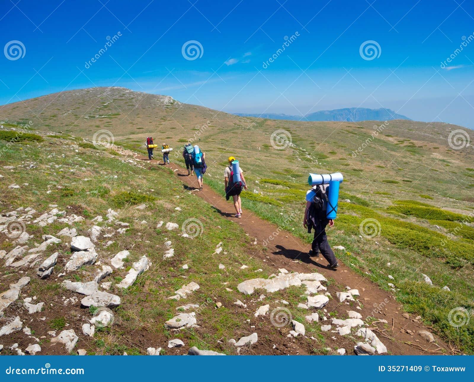Trekking Group 14