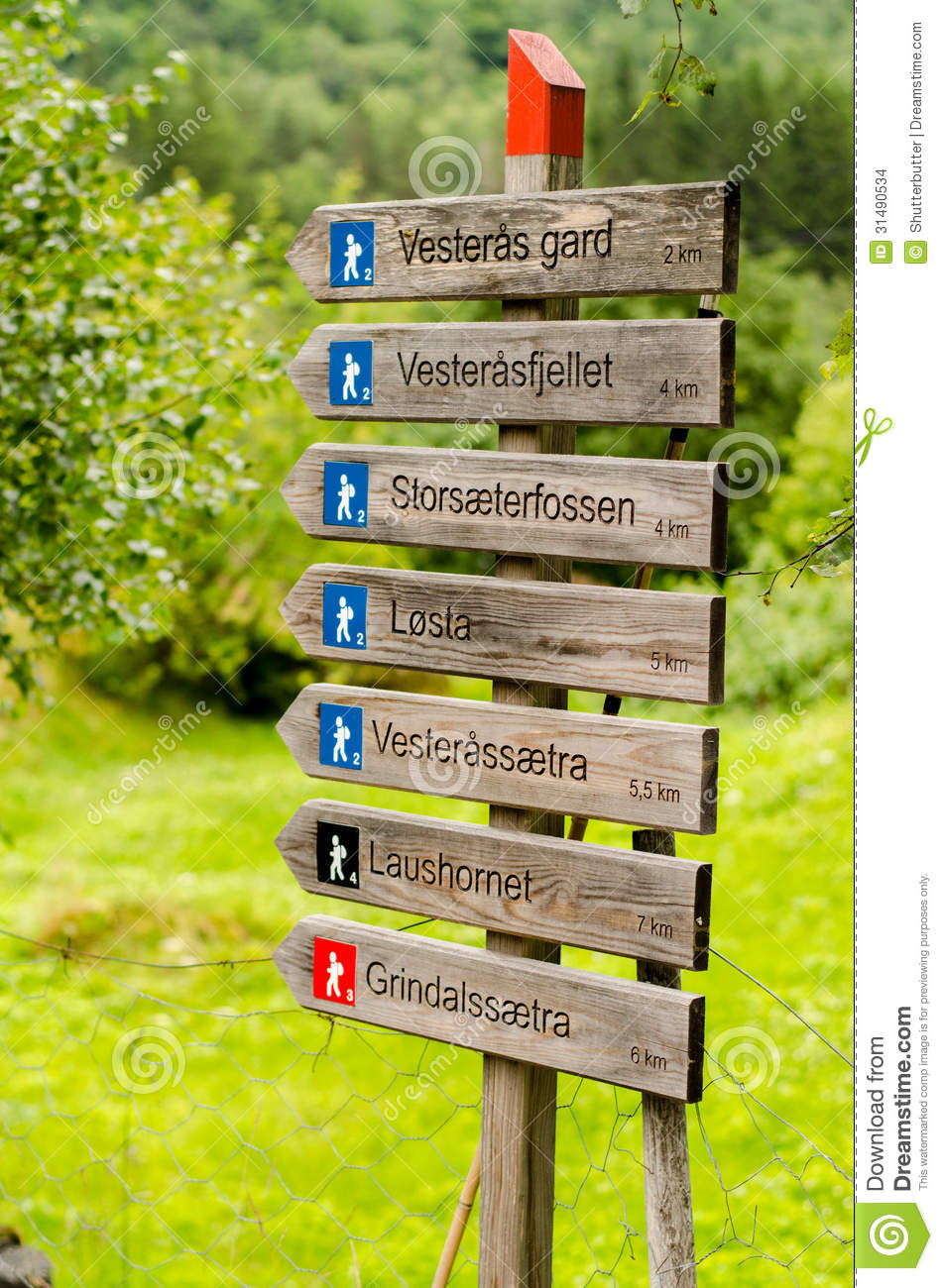 Hiking Signpost In Norway Stock Images Image - Norway map geirangerfjord