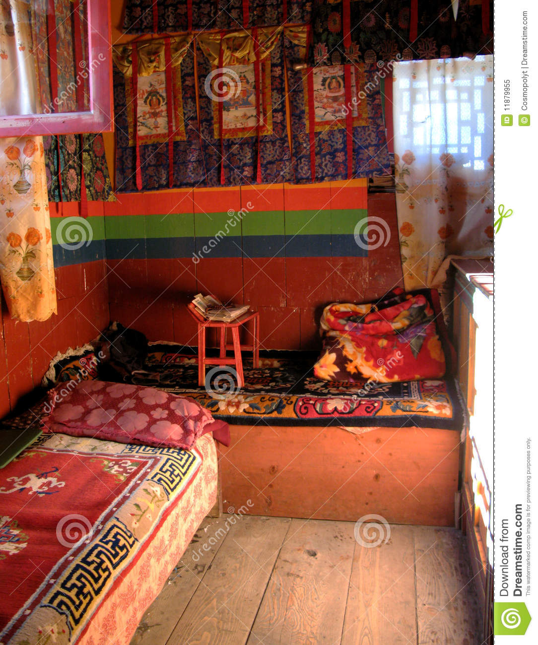 an himalayan lodge at the top of the world nepalese monk 39 s bedroom