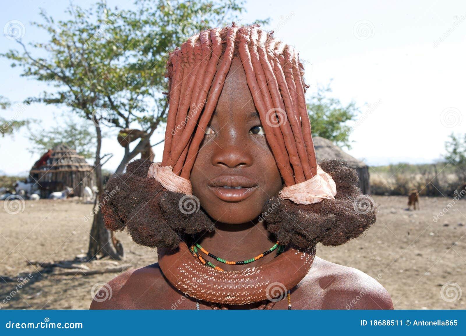 Himba Jugendlicher