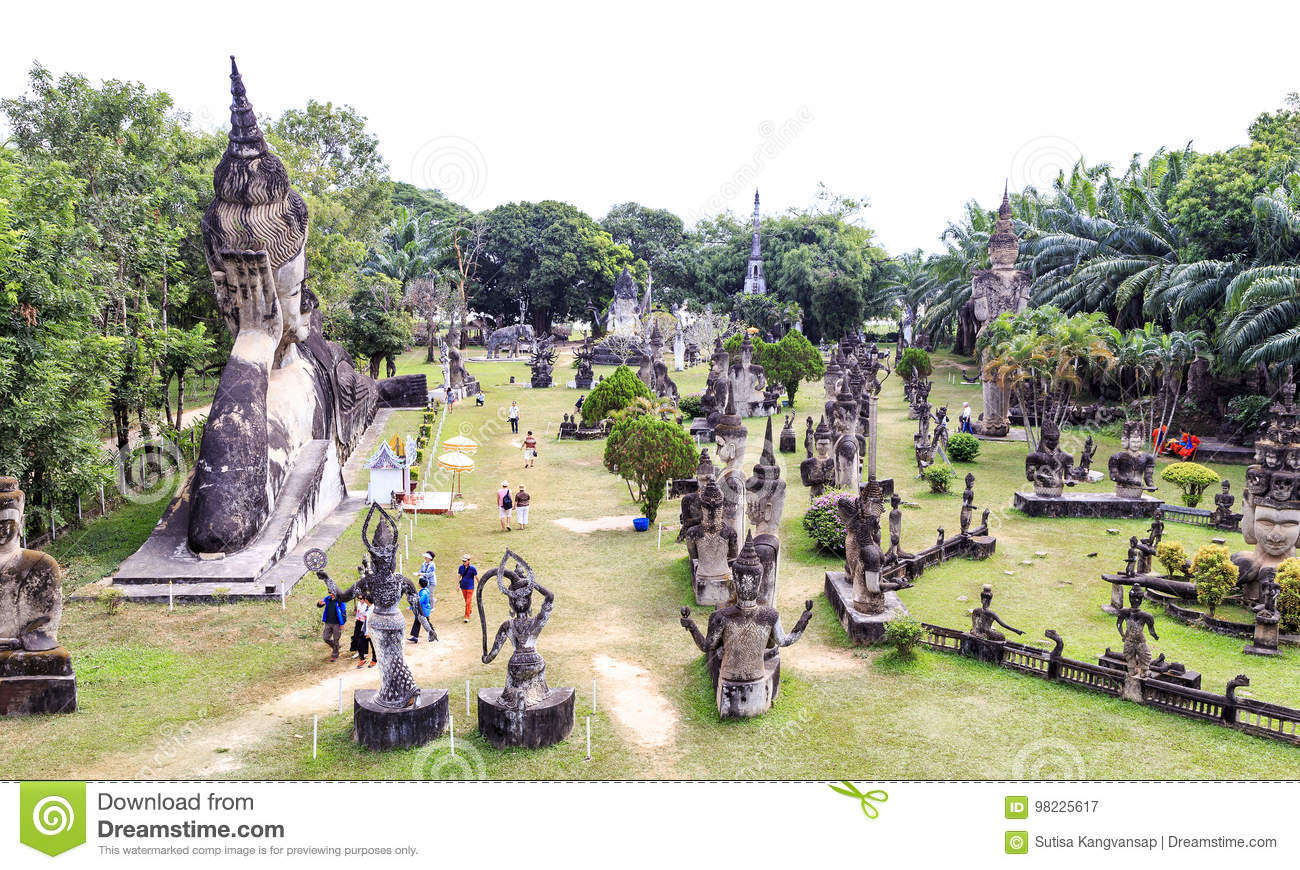 Hindu And Buddhist Statue In Xieng Khuan Temple Buddha Park , V Editorial  Photography - Image of east, journey: 98225617