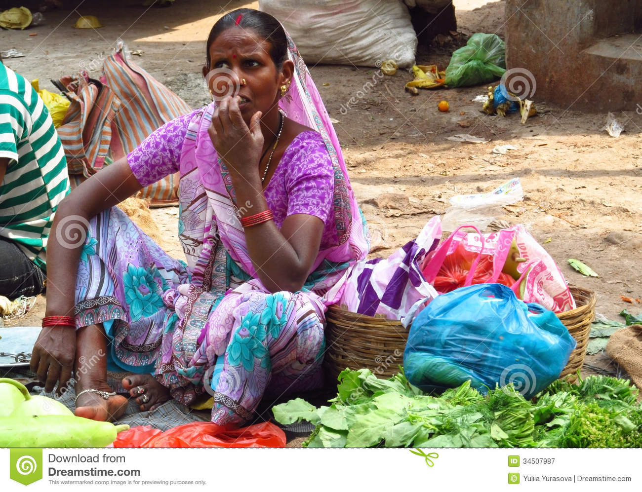 hindu single women in green Women in hinduism inequity and degradation of women are sanctified in the hindu i assure you so far even the single human beign could not find a single.